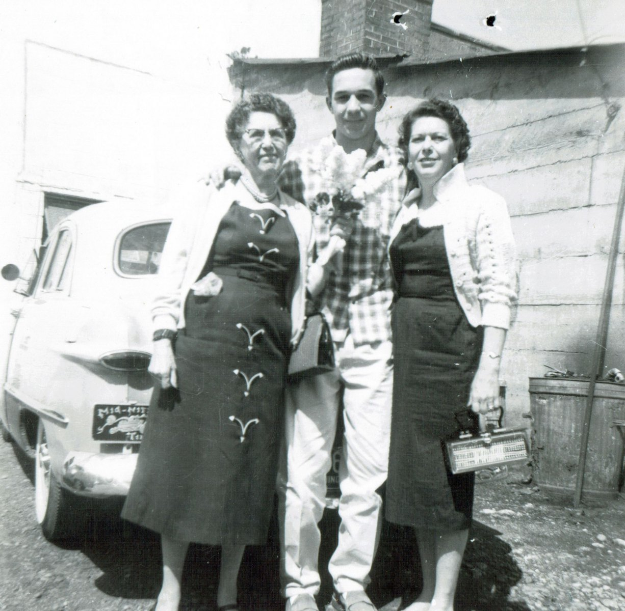 1958 June :: Bill Jr.'s Grandma Caroline, Bill Jr. and Bill Jr.'s Aunt Nora