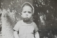 1942 William E Hartman