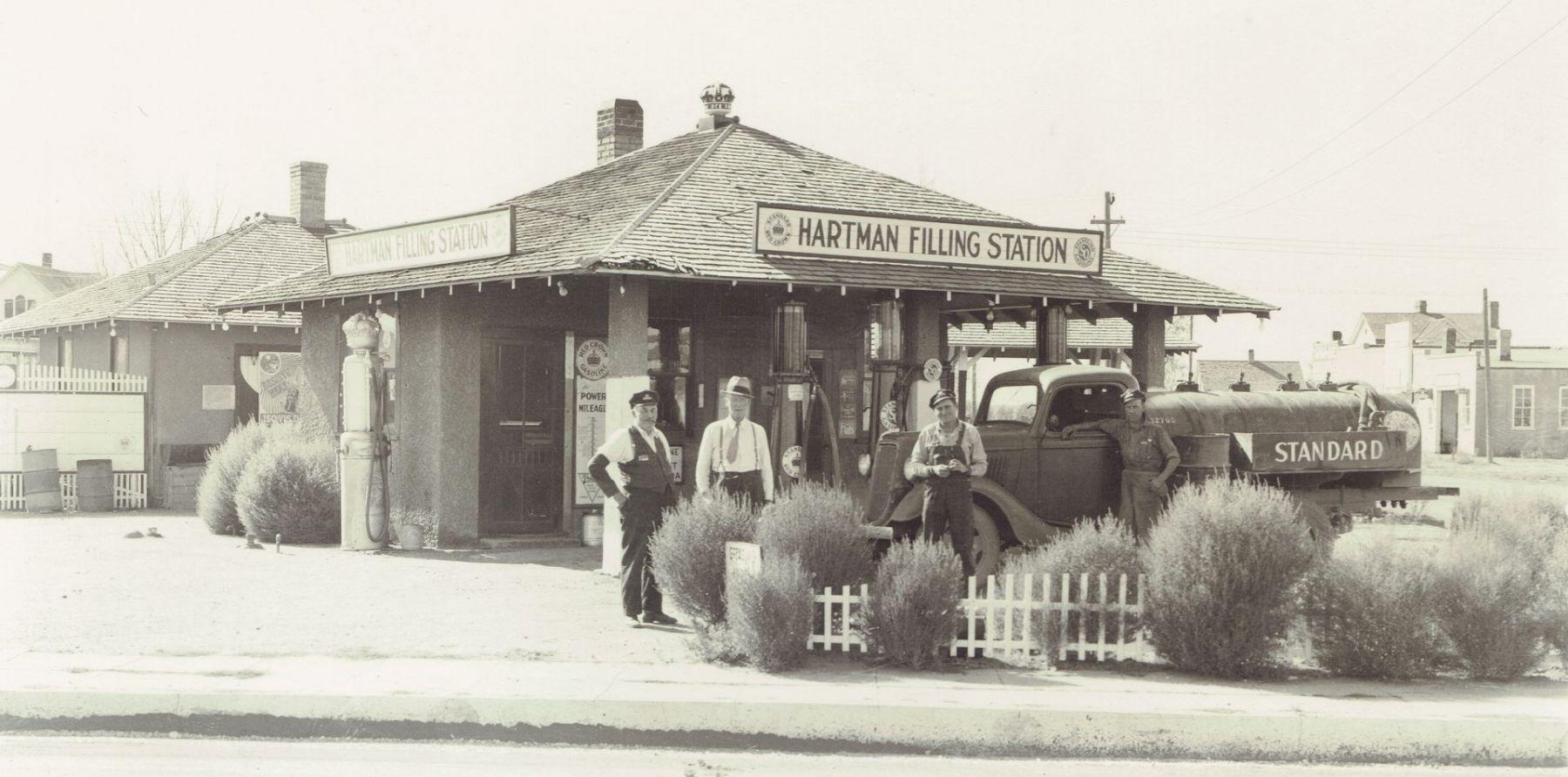 1932 :: -Hartman Filing Station