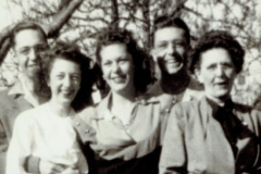 1949 Hartman Brothers/Sisters and Mother